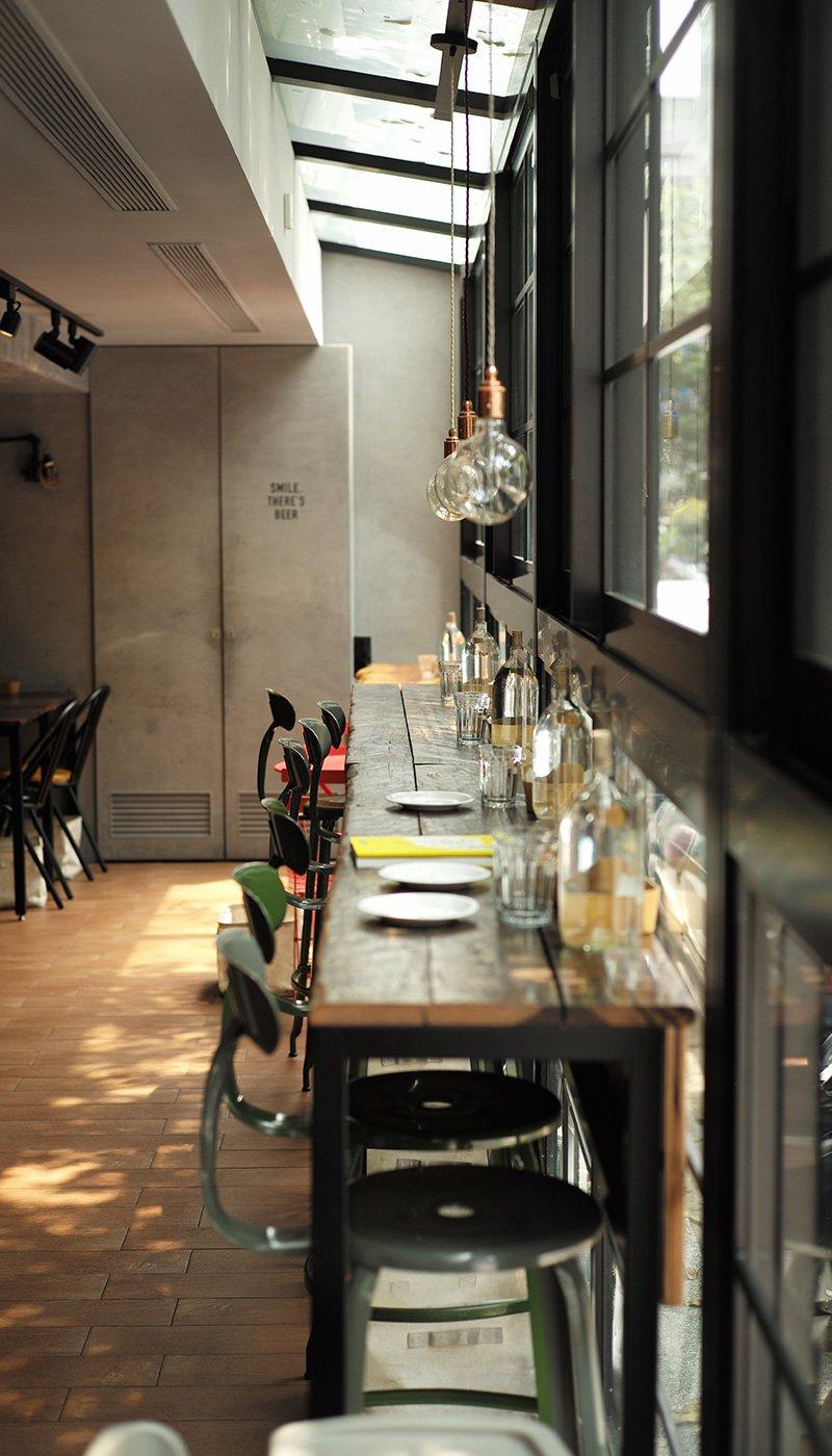 Restaurant & Café Website Template Restaurant & Café - About Restaurant 1 1
