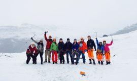 adventure-climbers-cold-671912