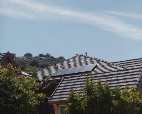 vivint-solar-ZEiFiOsV3K4-unsplash